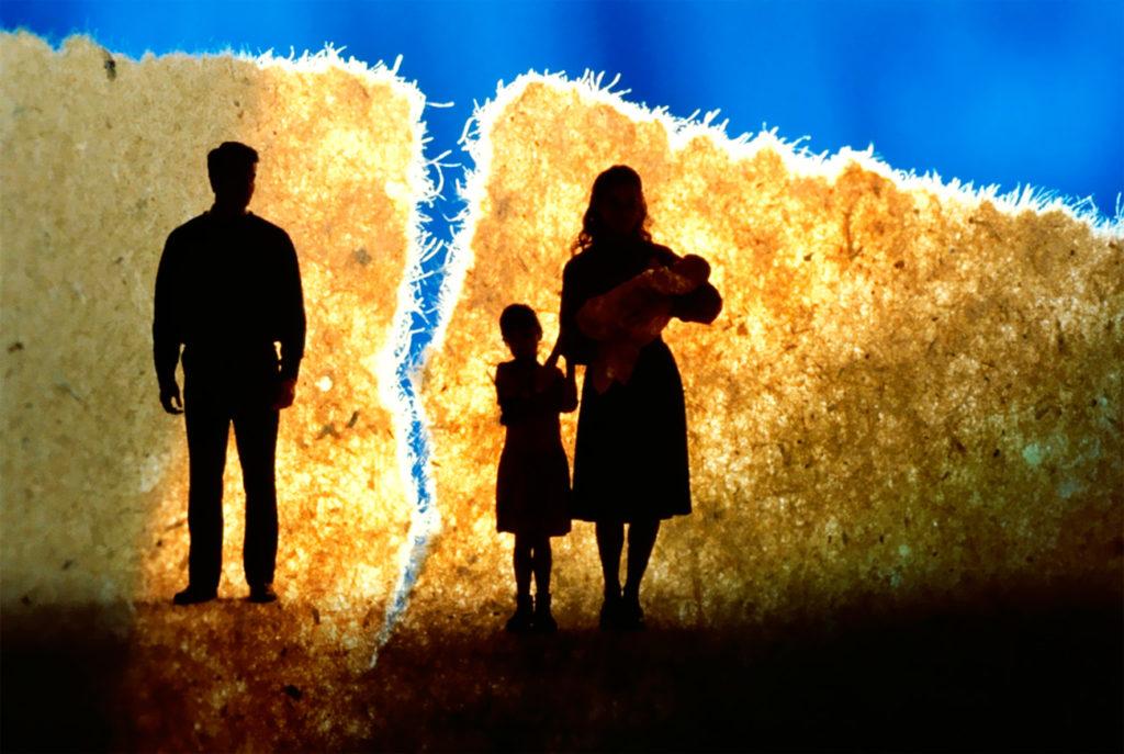 как оставить ребенка себе после развода
